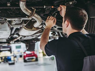 Les réparateurs automobiles